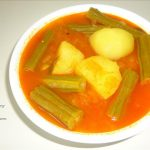 Drum stick and Potato Curry / Mulakaya Bangaladumpa Curry
