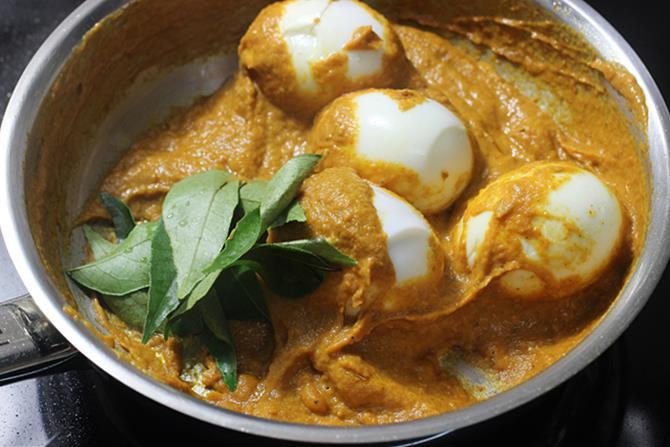 addition of ground masala paste