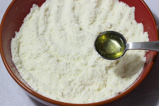 sieve the flour to make gulab jamun recipe