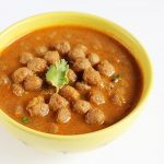 soya chunks curry recipe | meal maker curry recipe
