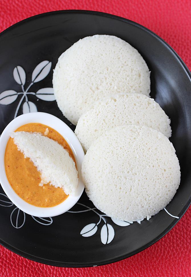 soft idli recipe with idly rava