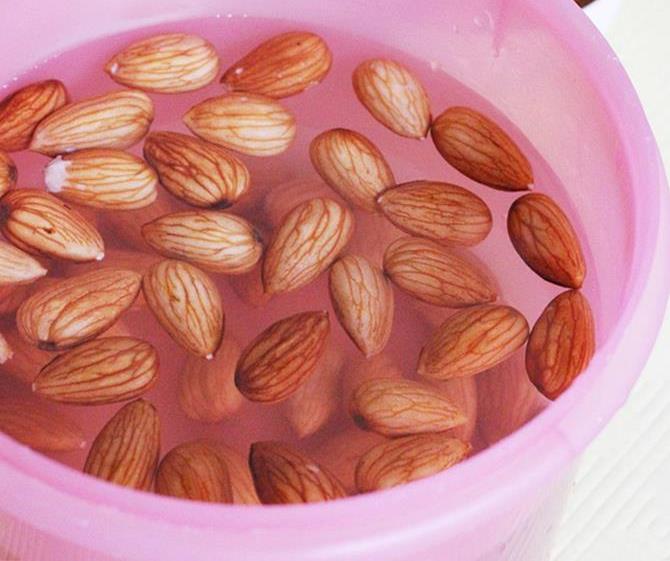 soak almonds to make almond yogurt