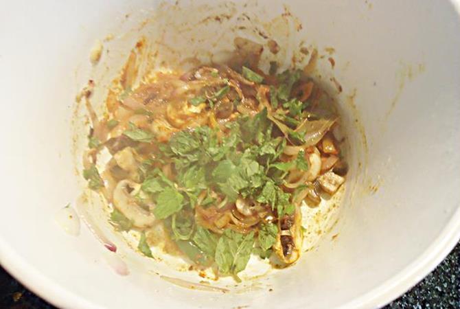 mint for mushroom kurma