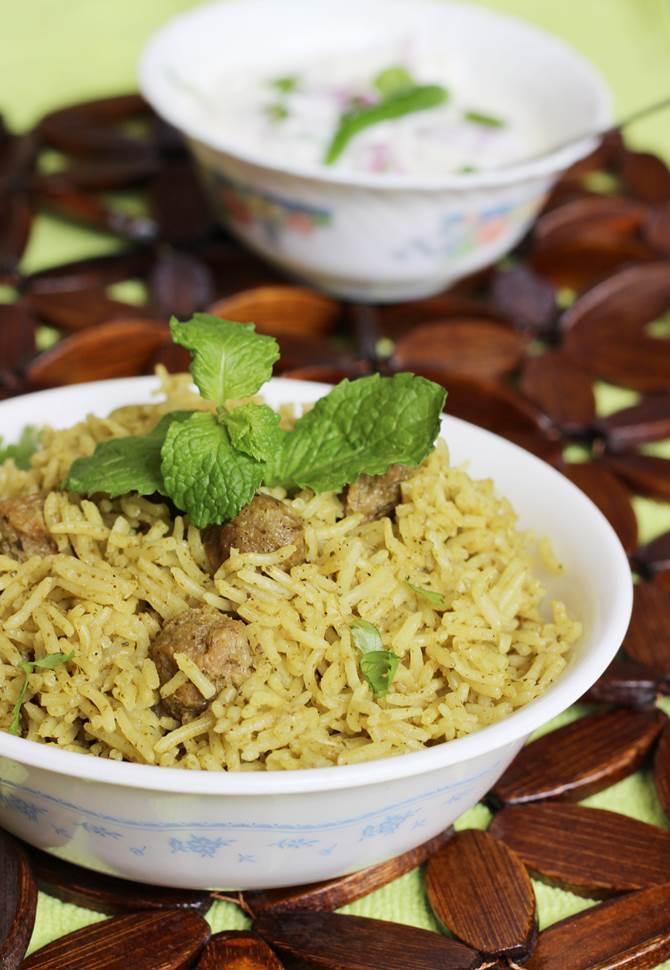 Soya chunks biryani recipe meal maker biryani recipe soya biryani soya chunks biryani recipe swasthis recipes forumfinder Choice Image