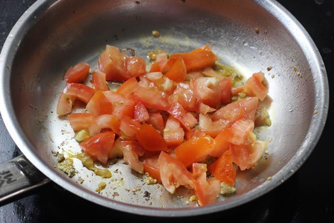 frying tomato