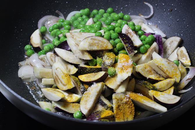 fry eggplants for easy vangi bath recipe
