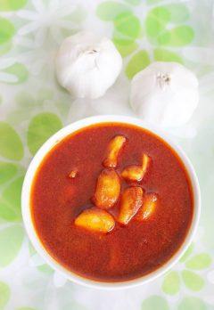 Garlic pickle recipe | Andhra vellulli avakaya recipe