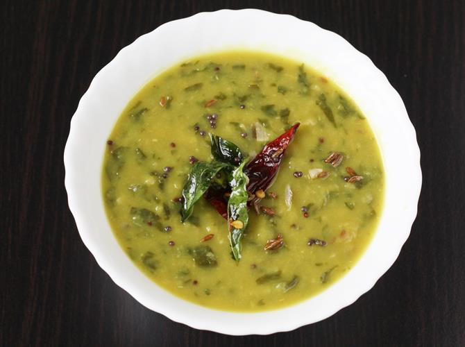 serve palakura pappu with rice