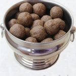 ragi ladoo (nachni ladoo) recipe | finger millet recipes