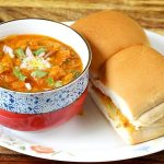 Pav Bhaji Recipe – How to make Pav bhaji (step by step pictures)