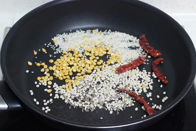 toasting dal sesame to make sorakaya pachadi recipe
