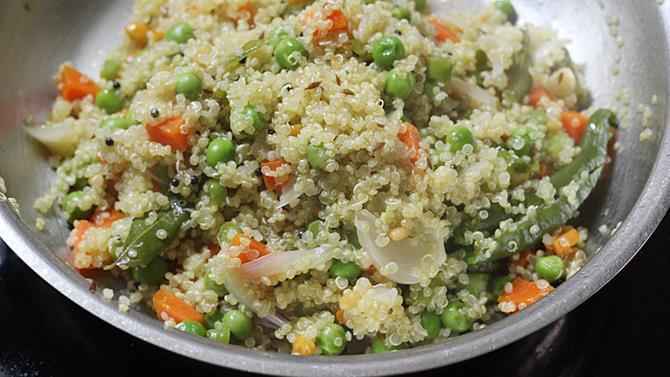 Quinoa upma recipe how to make vegetable quinoa upma quinoa indian recipes cooked upma forumfinder Image collections