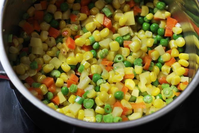 sauteing veggies for sweet corn soup recipe