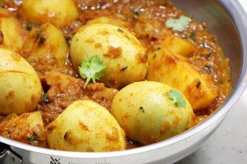 Aloo egg curry | Potato egg curry | Aloo anda curry recipe