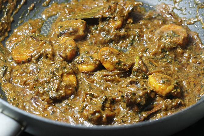 thick masala gravy