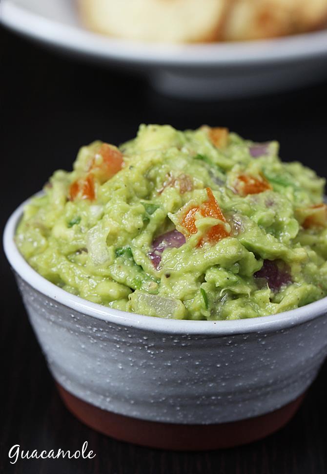 avacado dip or guacamole to serve with wedges