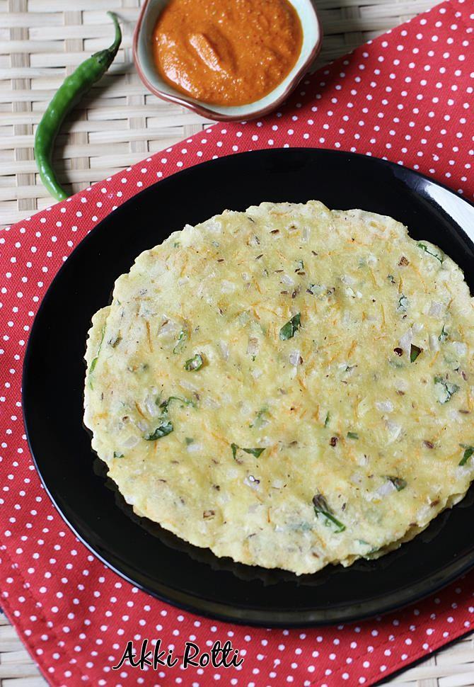 Akki roti recipe karnataka akki rotti recipe rice flour roti akki roti recipe swasthi forumfinder Images