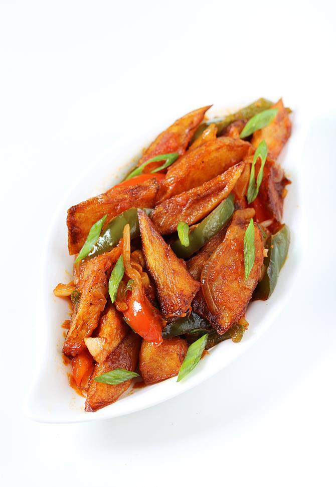 chilli potato chilli aloo recipe