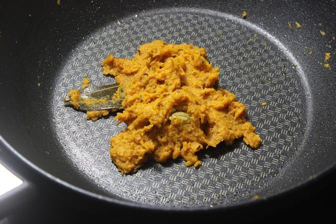 sauteing gravy mixture for paneer matar masala