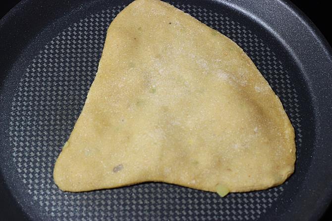 roasting dal paratha recipe 10