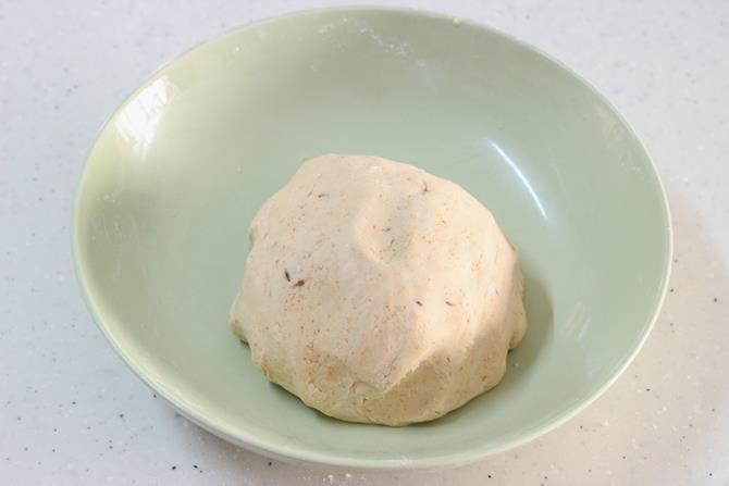 dough to make ribbon pakoda recipe