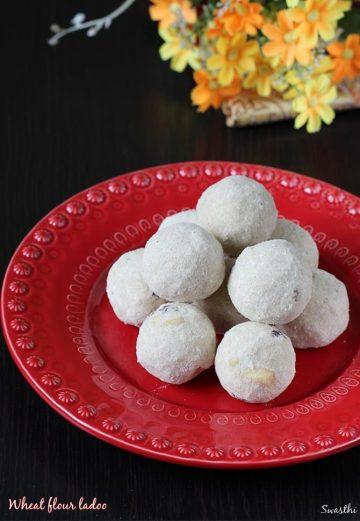 Atta ladoo recipe | Wheat flour laddu recipe | How to make atta ladoo