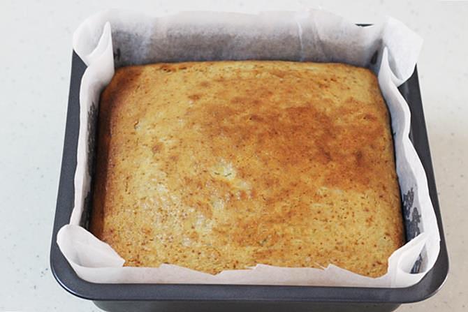 baking banana cake at 160 deg