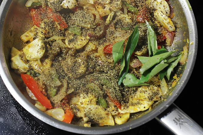 addition of spice powder for mushroom pepper fry