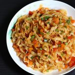 schezwan noodles recipe, how to make spicy veg noodles
