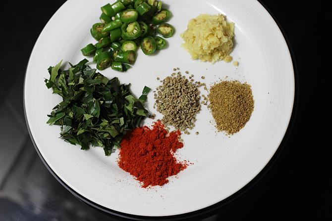 spices ginger garlic for cauliflower pakoda