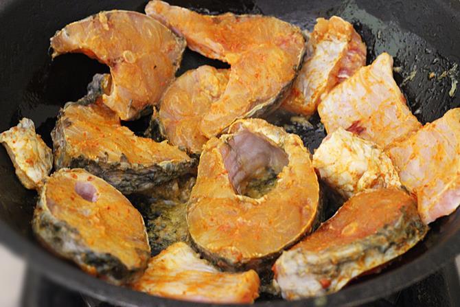 making healthy lemon pepper fish fry