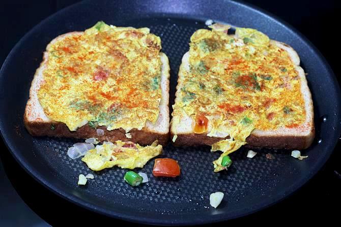 Egg bread toast recipe bread toast with egg bread and egg recipes egg bread toast 09 forumfinder Images