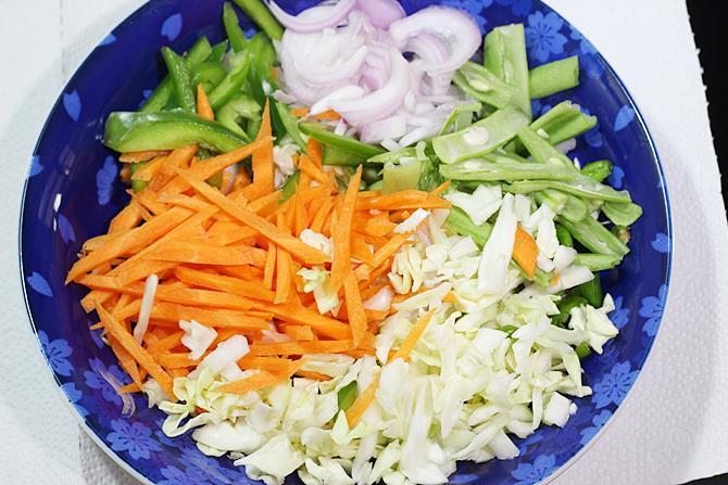 thin strips of mixed veggies for pakora