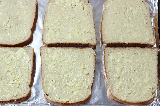 preheat oven for garlic cheese bread recipe
