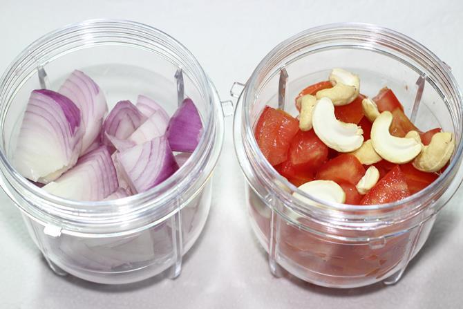 onion tomatoes for aloo gobi