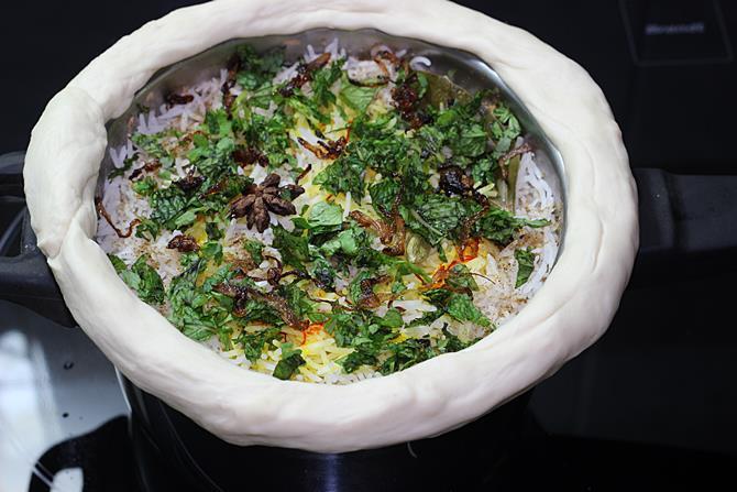 dough for sealing dum mutton biryani handi