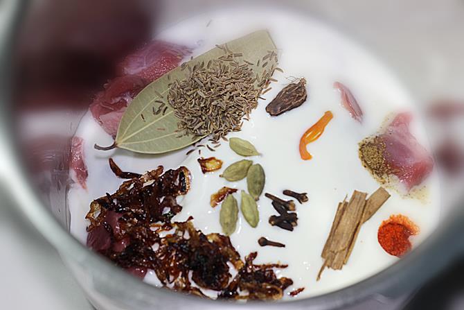 marinade with yogurt onions to make hyderabadi mutton biryani recipe