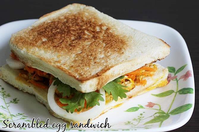 egg bhurji sandwich breakfast