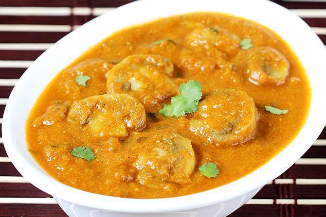 mushroom masala gravy