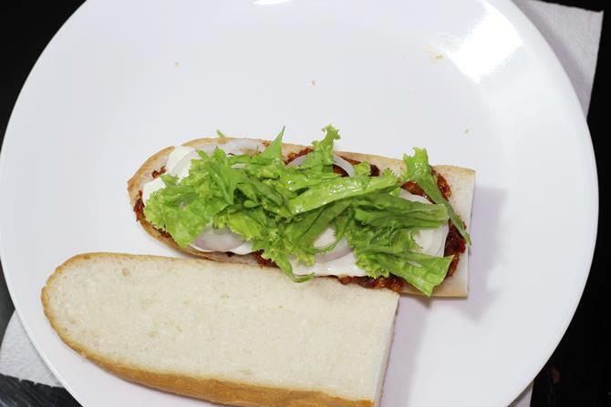 lettuce to make sandwich filling