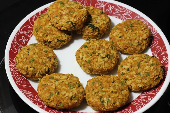 Soya chunks cutlet recipe soya granules or meal maker cutlet make patties for meal maker cutlet recipe forumfinder Choice Image