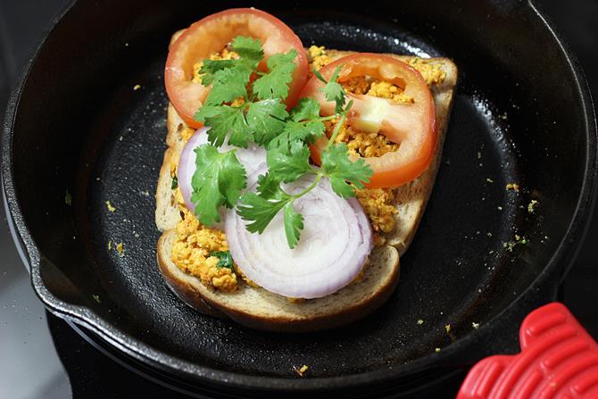 onions tomatoes for paneer bhurji sandwich recipe