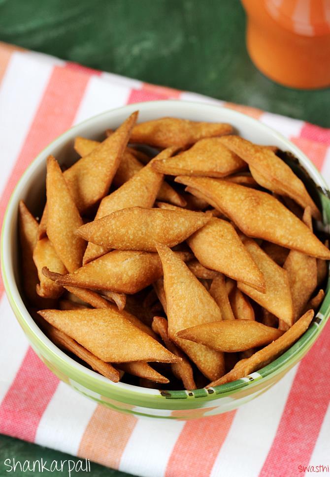 sweet shankarpali recipe