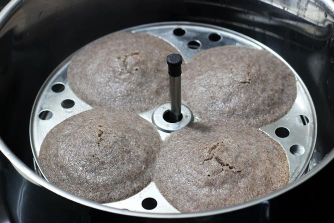 ragi-idli-recipe-07