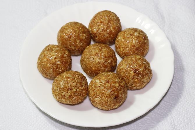 coconut balls for stuffing rava modak