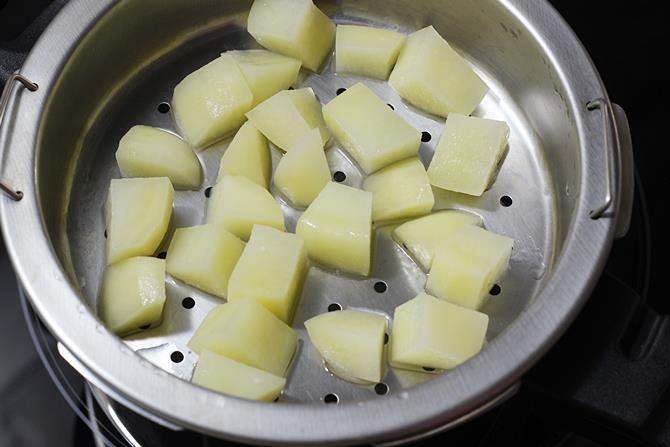 steaming veggies for veg bonda recipe