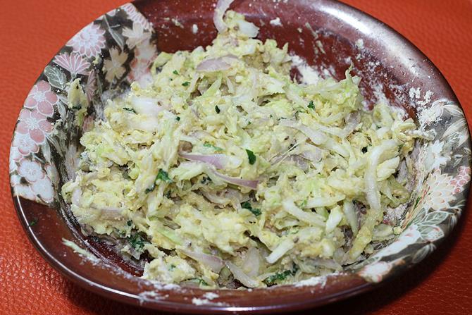 cabbage-pakoda-recipe-05