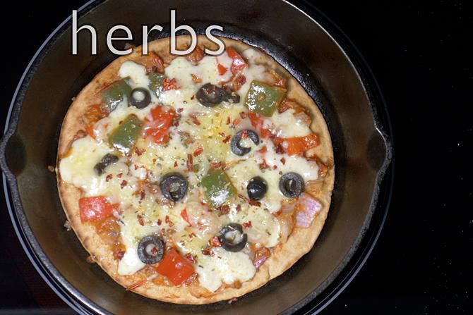 tawa-pizza-recipe-18