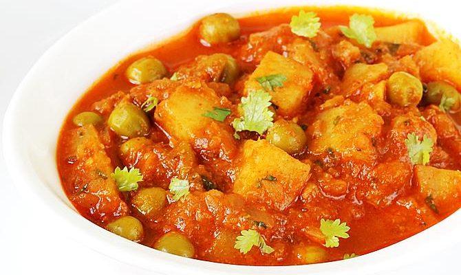 Aloo matar recipe | Aloo mutter recipe | Potato peas curry recipe