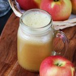 Apple juice recipe |  How to make apple juice with & without a juicer